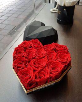 Diamant-Herz schwarz mit roten Rosen
