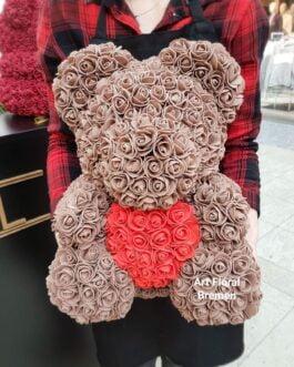 Brauner Bär mit Rosenherz M